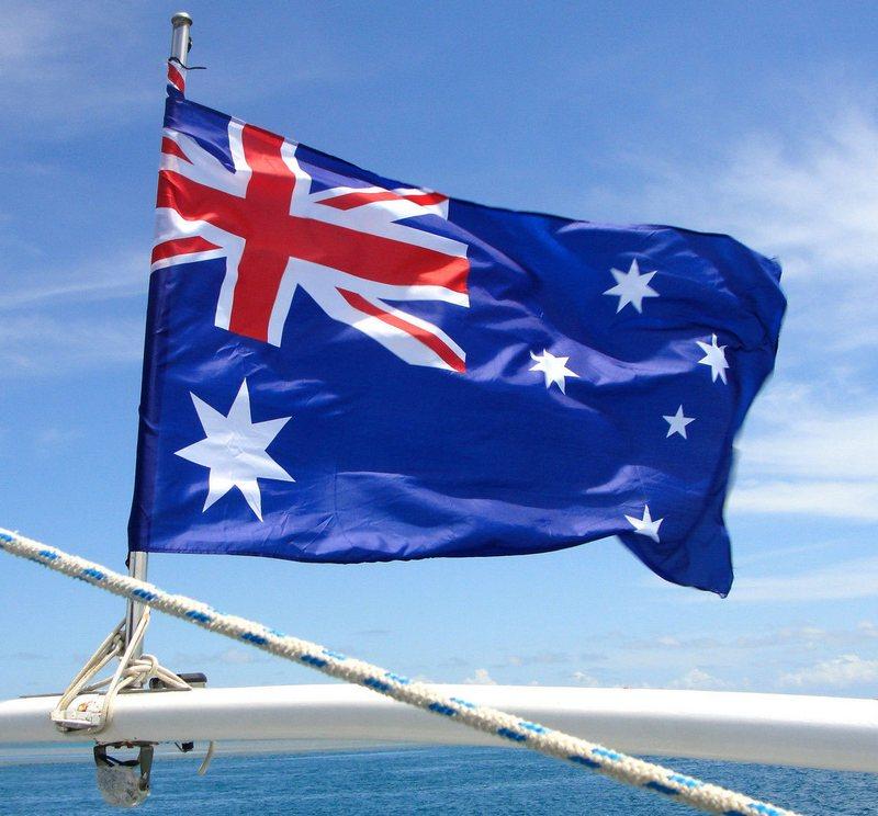 флаг австралии на флагштоке