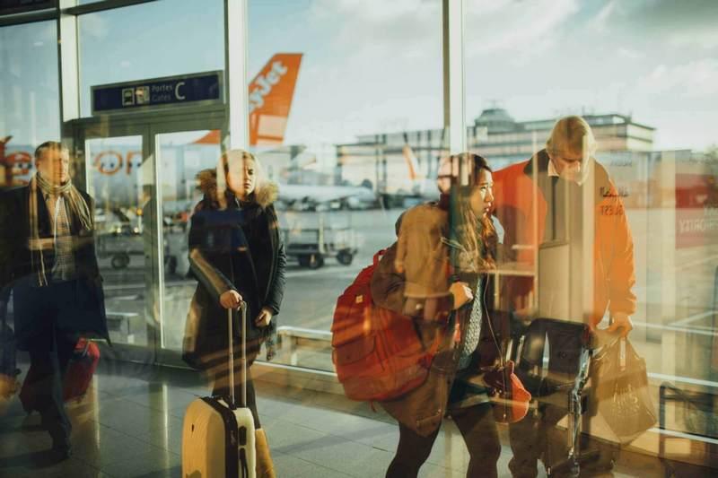 транзит в аеропорту